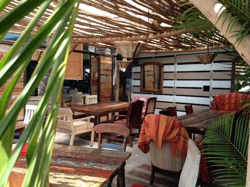 the-beach-house-01